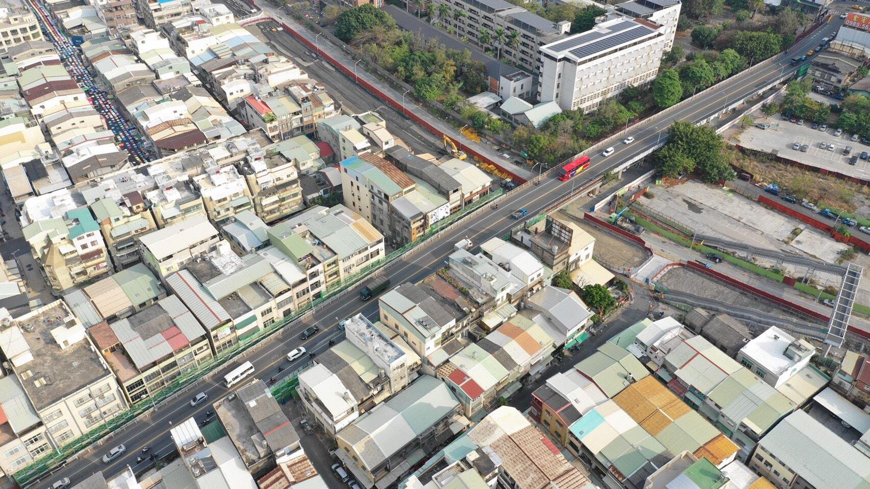 自立陸橋空拍3.jpg