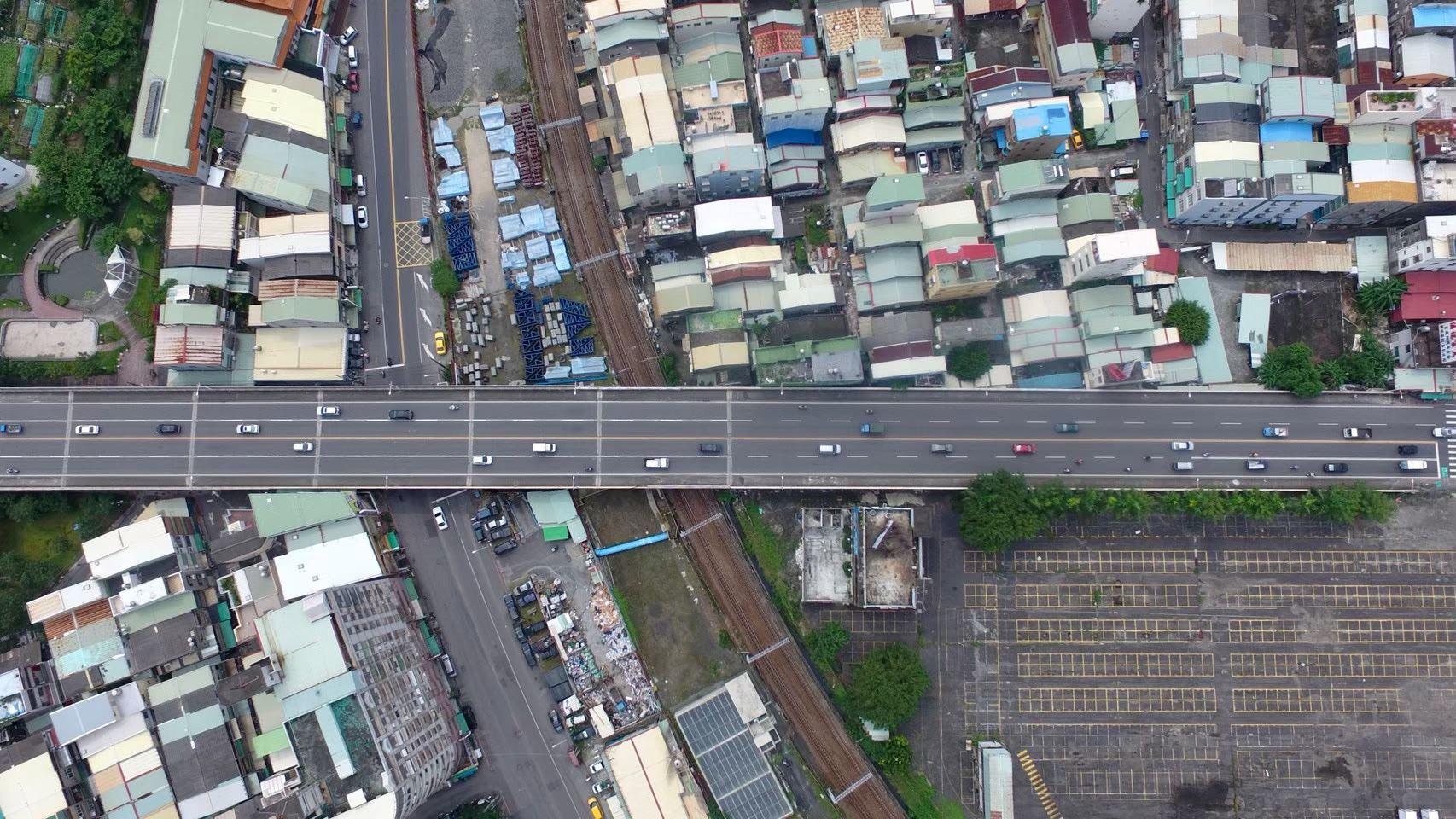 維新陸橋空拍照4.jpg