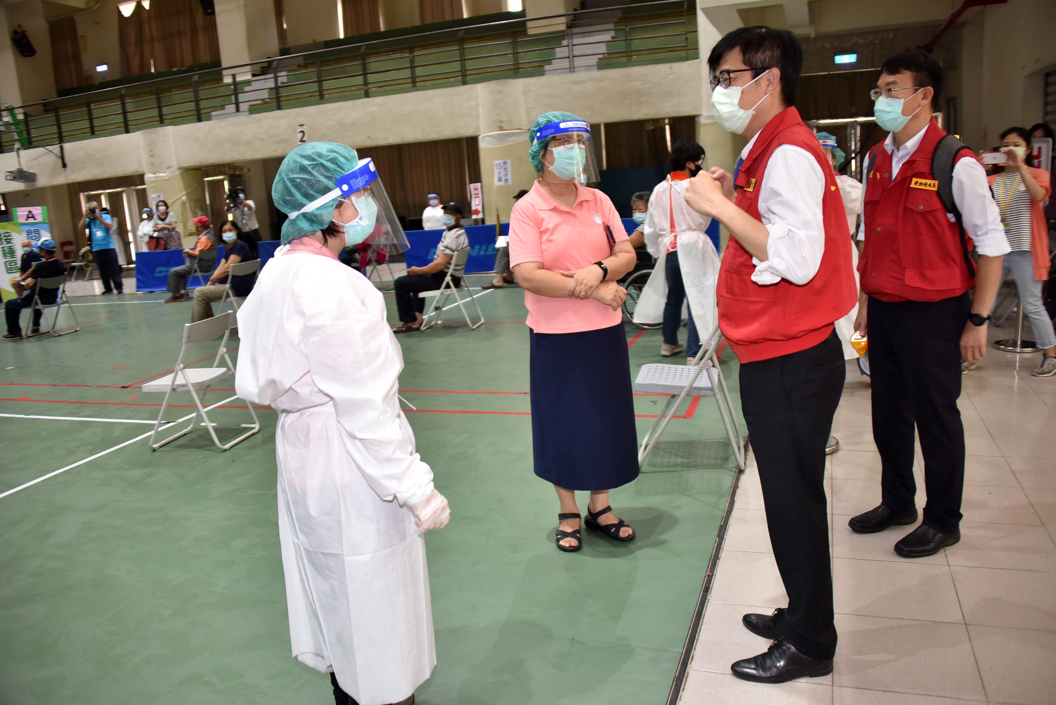 0618視察疫苗施打_通稿3.JPG.jpg